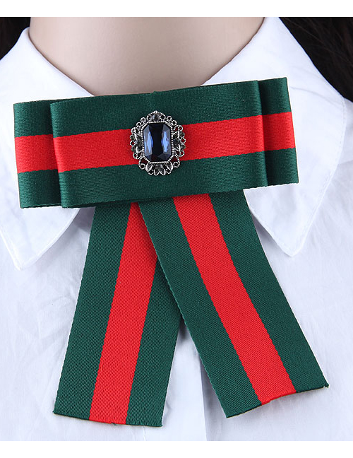 Elegant Green+red Color-matching Decorated Brooch
