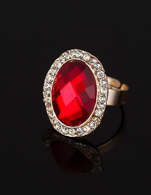 Fashion Red Oval Shape Diamond Decorated Ring