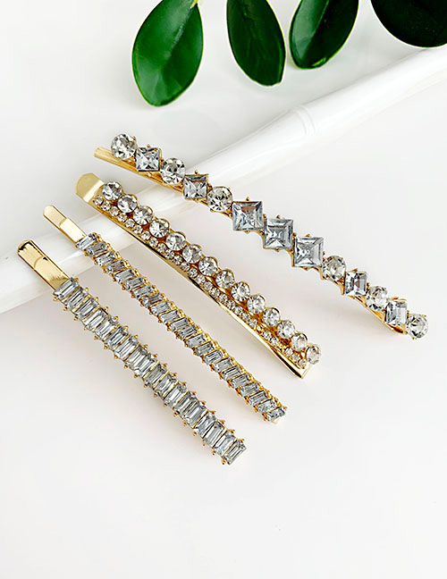 Fashion White Alloy Diamondd Hairpin Set