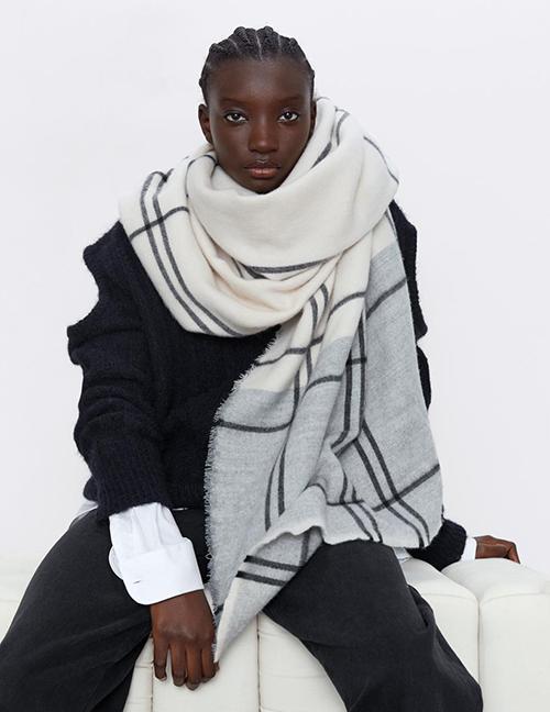 Fashion Lattice Check Stitching Contrast Scarf