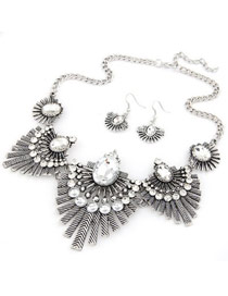 Bead Silver Feather Shape Design