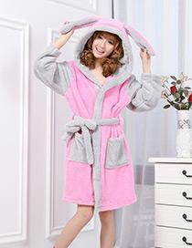 Pijama De Conejo Rosa De Moda