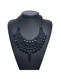 Vintage Black Metal Coin Decorated Pure Color Collar Necklace